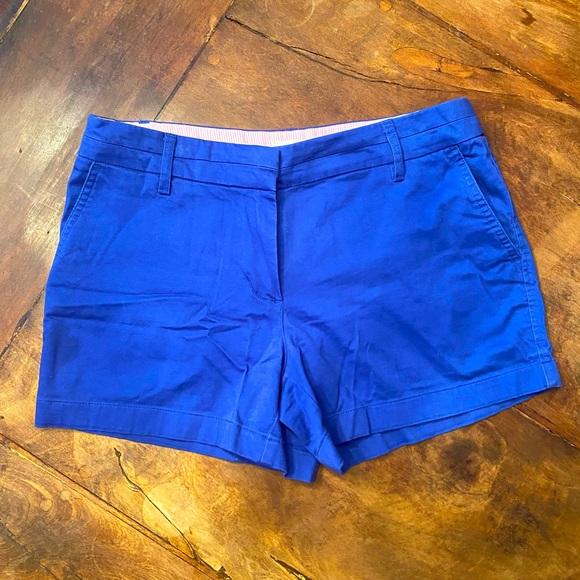 Cambridge Dry Goods size 6 blue shorts.
